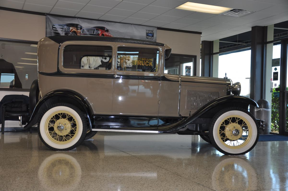 1930 ford model a tudor sedan. Black Bedroom Furniture Sets. Home Design Ideas