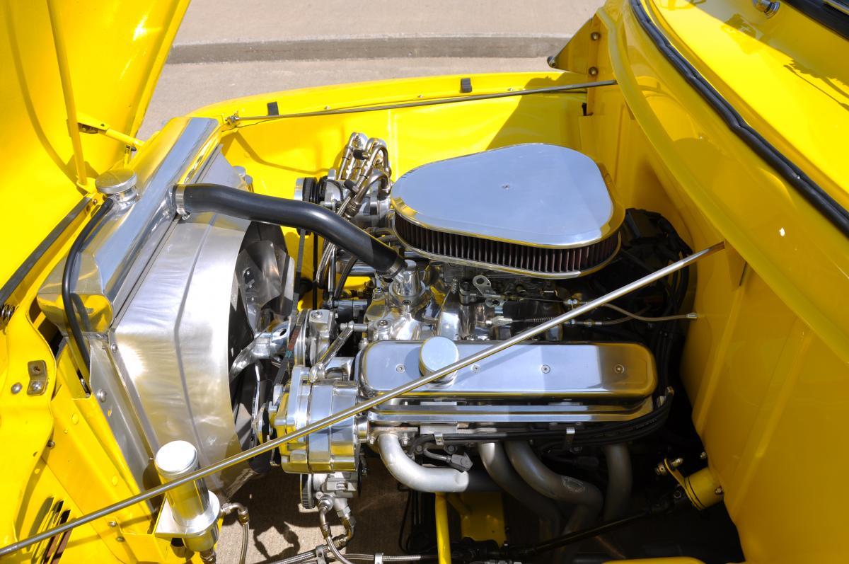 1953 Ford F100 Engine