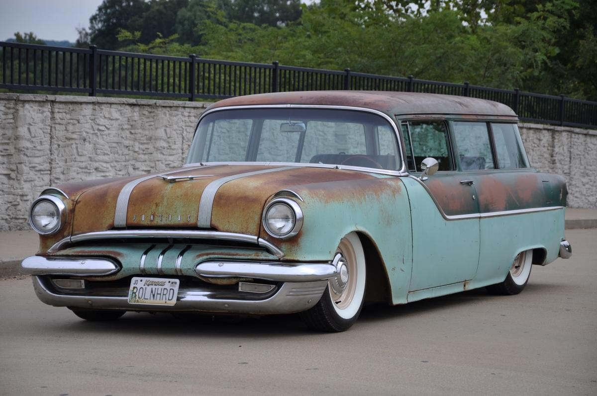 1955 Pontiac Chieftain 2 Door Wagon on custom stereo