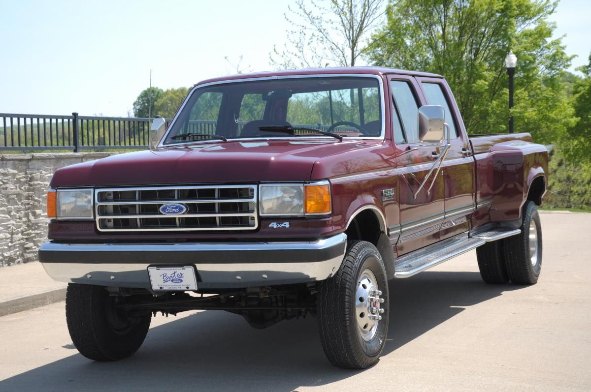 1991 Ford F 350 4X4 on hot harleys